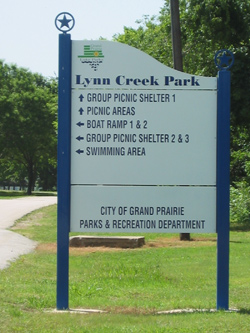 a road sign from Lynn creek park